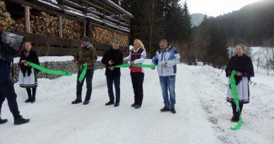 V Dobšinskej Ľadovej Jaskyni slávnostne otvorili areál bežeckého lyžovania